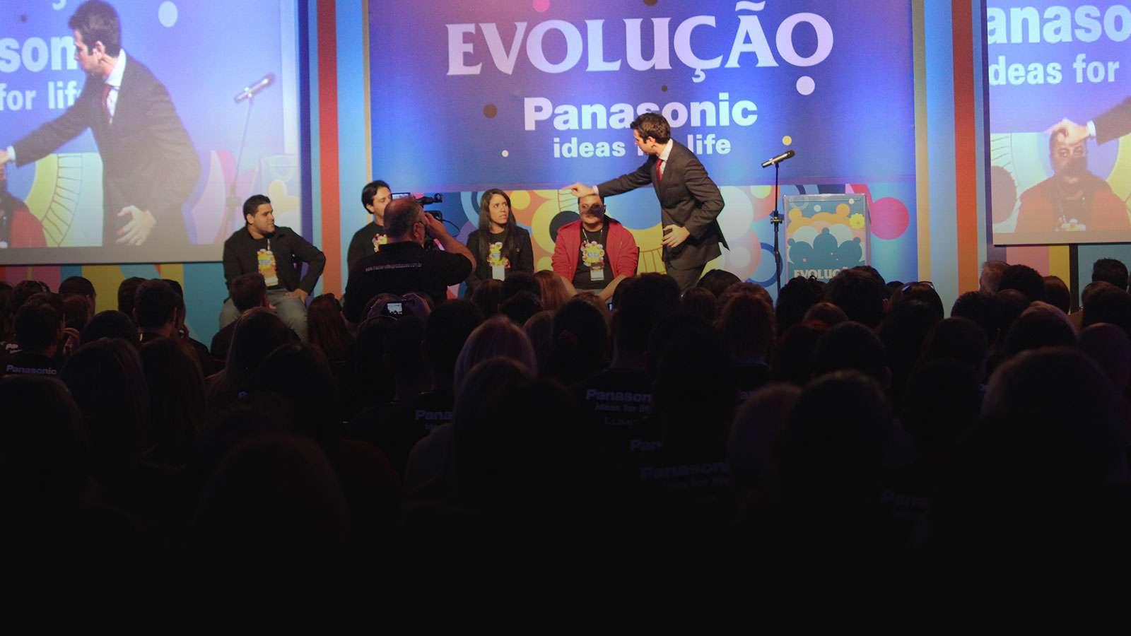 Palestrante Marco Zanqueta - Palestra com Mágica - Palestra com Mágica